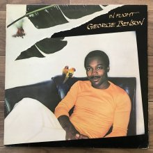 【USED】 George Benson - In Flight  [ Jacket : EX-   Vinyl : VG ]