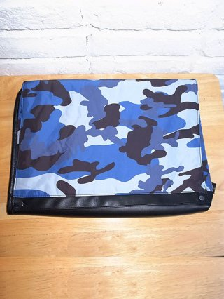 【wjk/ダブルジェイケイ】ester clutch-bag (night camo)