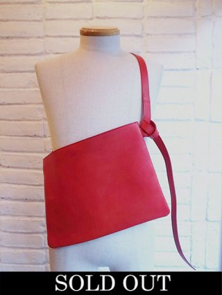 【DIET BUTCHER SLIM SKIN】Vachetta leather musette bag (RED)