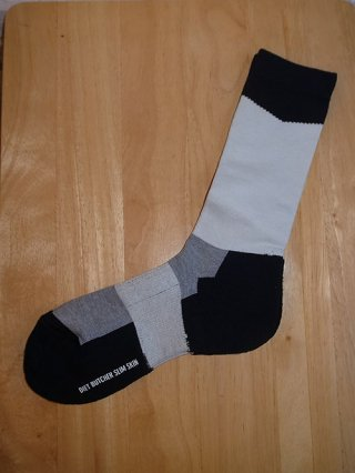 【DIET BUTCHER SLIM SKIN/ダイエットブッチャースリムスキン】Slanting bi color sox (BLACK×WHITE)