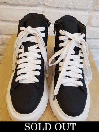 【DIET BUTCHER SLIM SKIN/ダイエットブッチャースリムスキン】hi-cut sneaker