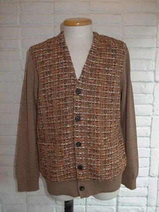 <img class='new_mark_img1' src='https://img.shop-pro.jp/img/new/icons8.gif' style='border:none;display:inline;margin:0px;padding:0px;width:auto;' />【COOHEM/コーヘン】BLAZER TWEED CARDIGANE (CAMEL)