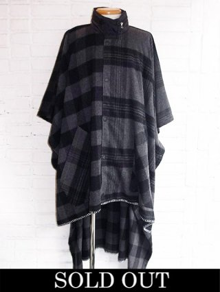 【yoshiokubo/ヨシオクボ】HUNTER PONCHO (BLACK)