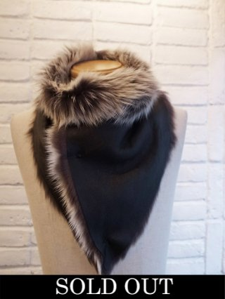 【incarnation/インカネーション】SHEEP SHEARLING NECK WARMER (BLACK×WHITE)