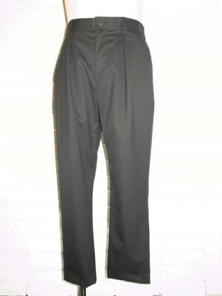 【yoshiokubo/ヨシオクボ】SILK/WOOL TUCK PANTS (BLACK)