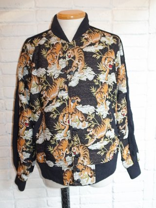 【amok/アモク】TIGER PILE JACQUARD JACKETS (BLACK)