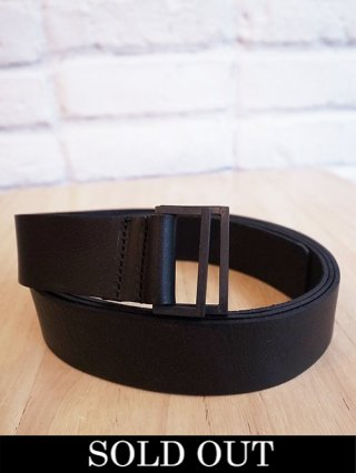 <img class='new_mark_img1' src='https://img.shop-pro.jp/img/new/icons8.gif' style='border:none;display:inline;margin:0px;padding:0px;width:auto;' />【NUDE:MM x iolom】Cow Leather Belt A (BLACK)