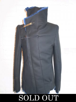 【incarnation/インカネーション】WRAP NECK BIAS ZIP MOUTON BLOUSON (BLACK×BLUE)