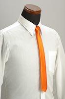 サテンスリムネクタイ 橙色(だいだいいろ)