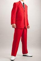 赤い3つボタンスーツ