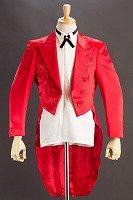 赤い燕尾ジャケット
