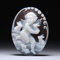 【ほのぼの】「ウサギたちと戯れる天使」シェルカメオルース 作家チーロ・フレーシア
