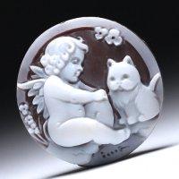 シェルカメオルース「猫の相談にのる天使」作家チーロ・フレーシア