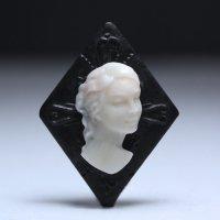 【レア】ダイヤモンドカットの正面顔女性像カメオルース 作家アゴスティーノ・チェントベッリ