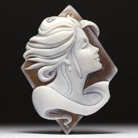 【レアなシェルカット】横顔女性像シェルカメオルース 作家ジョヴァンニ・トゥルコ