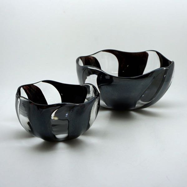 鉢(黒縞)
