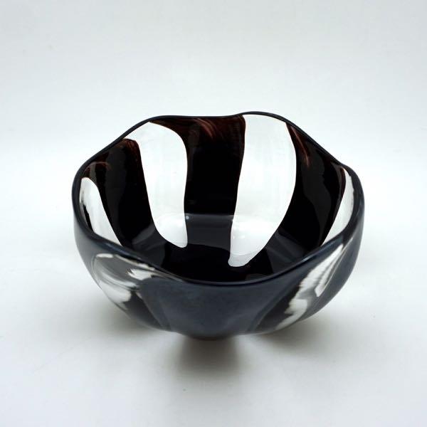 中鉢(黒縞)