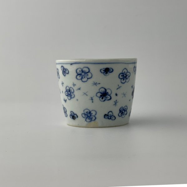 白花散らし猪口(中)