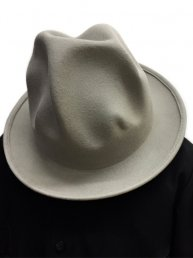 MOUNTAIN HAT / Asphalt Grey