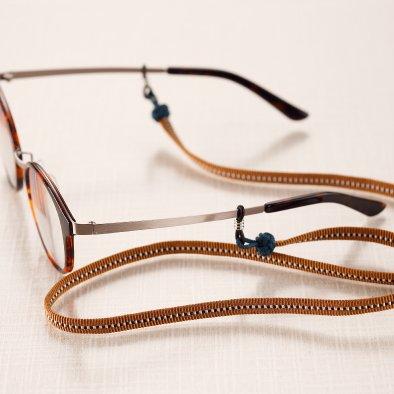 メガネの紐