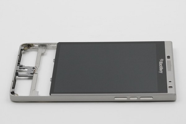 Blackberry Passport Silver Edition フロントパネルASSY [5]