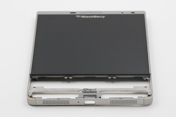 Blackberry Passport Silver Edition フロントパネルASSY [7]