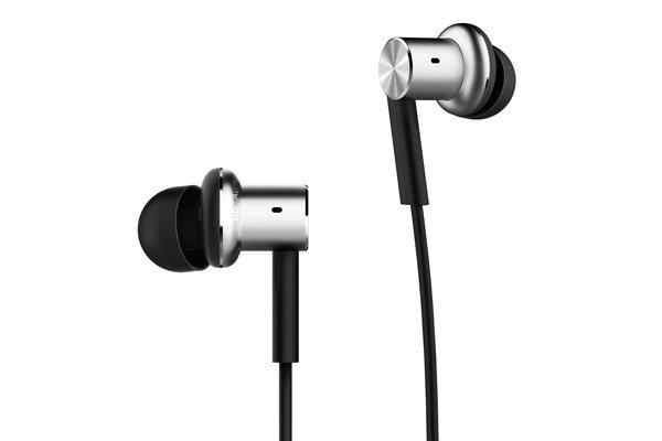 Xiaomi (小米) Mi In-Ear Headphones Pro インナーイヤホン 全2色 [2]