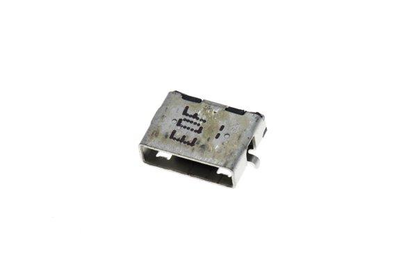 DELL Venue8 マイクロUSBコネクター交換修理 [3]