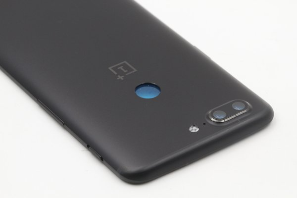 【ネコポス送料無料】OnePlus5T バックカバー ブラック [7]