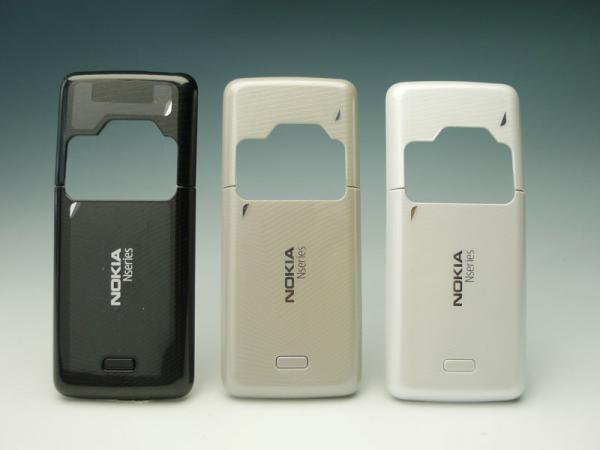 【ネコポス送料無料】NOKIA N82 バッテリーカバーセット 全3色  [1]