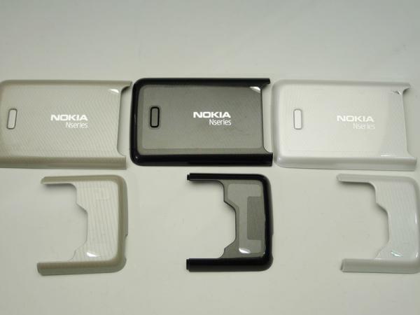 【ネコポス送料無料】NOKIA N82 バッテリーカバーセット 全3色  [2]