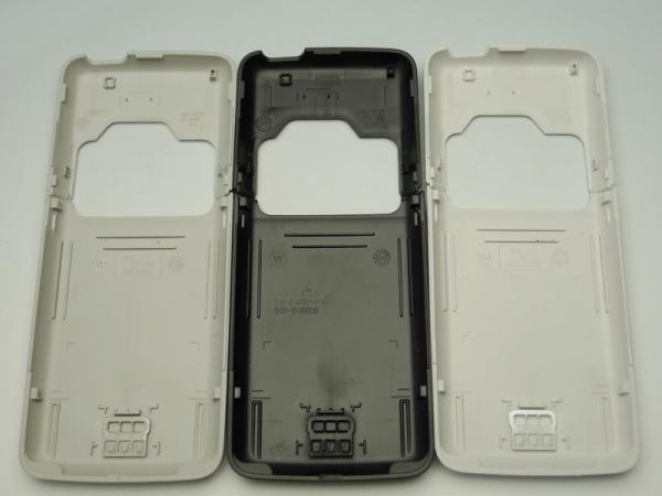 【ネコポス送料無料】NOKIA N82 バッテリーカバーセット 全3色  [3]