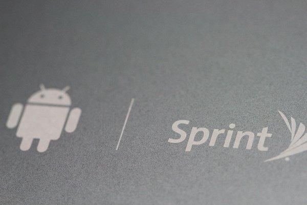 【ネコポス送料無料】HTC Flyer バックカバー ブラック Sprint仕様  [4]