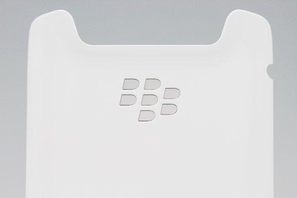 【ネコポス送料無料】Blackberry 9790 バッテリーカバー ホワイト  [4]