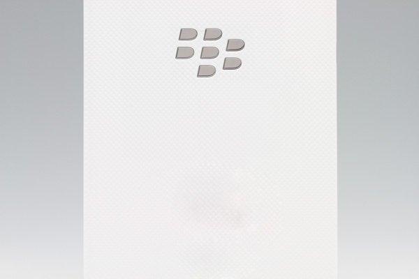 【ネコポス送料無料】Blackberry Z10 バッテリーカバー ホワイト  [3]