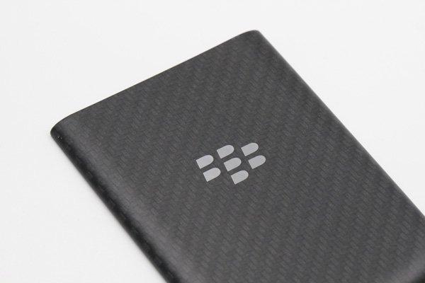 【ネコポス送料無料】Blackberry Q10 バッテリーカバー 全2色  [4]
