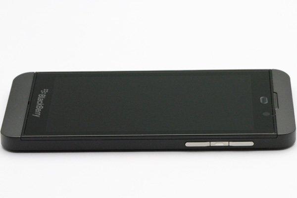 Blackberry Z10 4G(LTE)版 フロントパネルASSY ブラック [6]