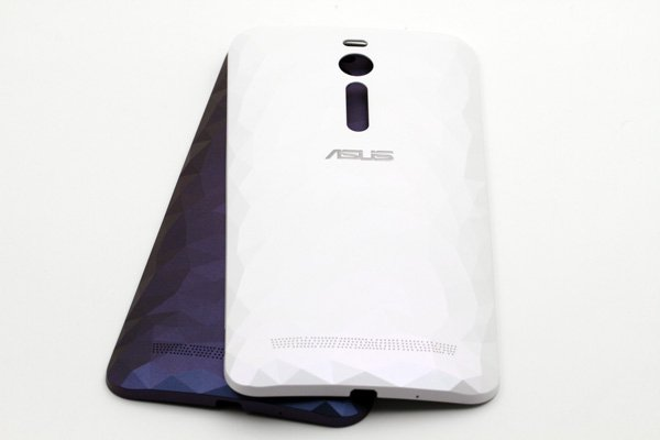 【ネコポス送料無料】ASUS Zenfone2 Deluxe (ZE551ML) バックカバー 全2色 [8]