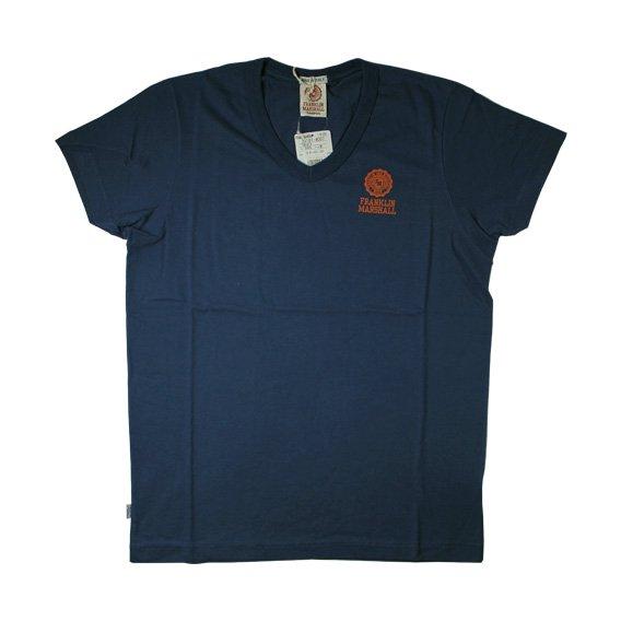 フランクリン&マーシャル:ワンポイントエンブレム VネックTシャツ (オリジナルブルー)
