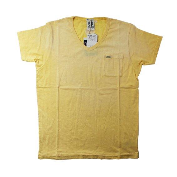 フランクリン&マーシャル:ポケット付き VネックTシャツ (イエロー)