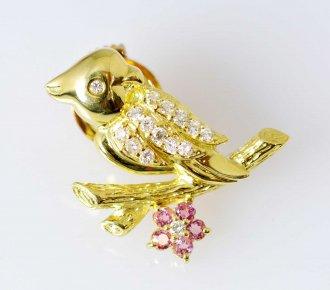 (6451) 【ジュエリー(ノンブランド)】 K18YG イエローゴールド ダイヤ0.24ct 小鳥 ピンブローチ [ノンブランドジュエリー]