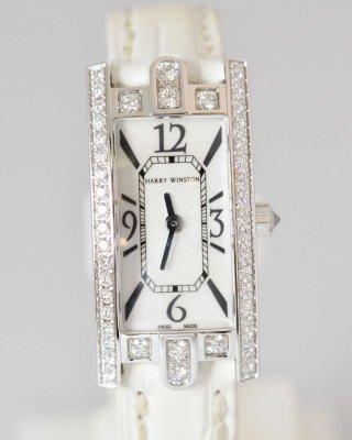 (6805) 【その他】 ハリーウィストン アヴェニューC ミニ AVCQHM16WW024 750WG ダイヤ ホワイトシェル クオーツ レディース  [時計(レディース)]