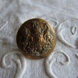 アンティーク真鍮ボタン英国紋章ライオンと一角獣26ミリ