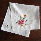 ヴィンテージ/ハンカチ薔薇のクロステッチ刺繍