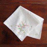 ヴィンテージ/ハンカチ小花の手刺繍