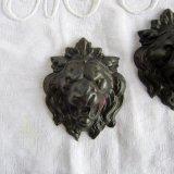 黒いライオン装飾パーツ赤銅