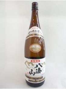 ★八海山を代表する高品質の本醸造!★【八海醸造株式会社】本醸造 八海山 1.8L 15.5度