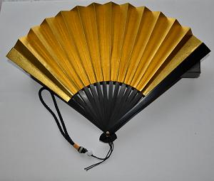 [レンタル]米寿のお祝い会を華やかにする 金の扇子/高級鉄扇
