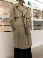 Iroquois / 781100:LAYERED TRENCH / BEIGE