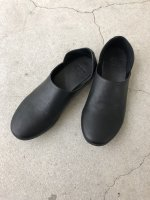 """SENTI by Iroquois / """"BABOUCHE"""" LEATHER FLAT-SHOES / BLACK"""
